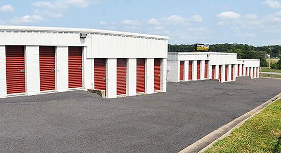 StorageMart - Almacenamiento Cerca De Church Road & W College Street En Pleasant Valley,Missouri