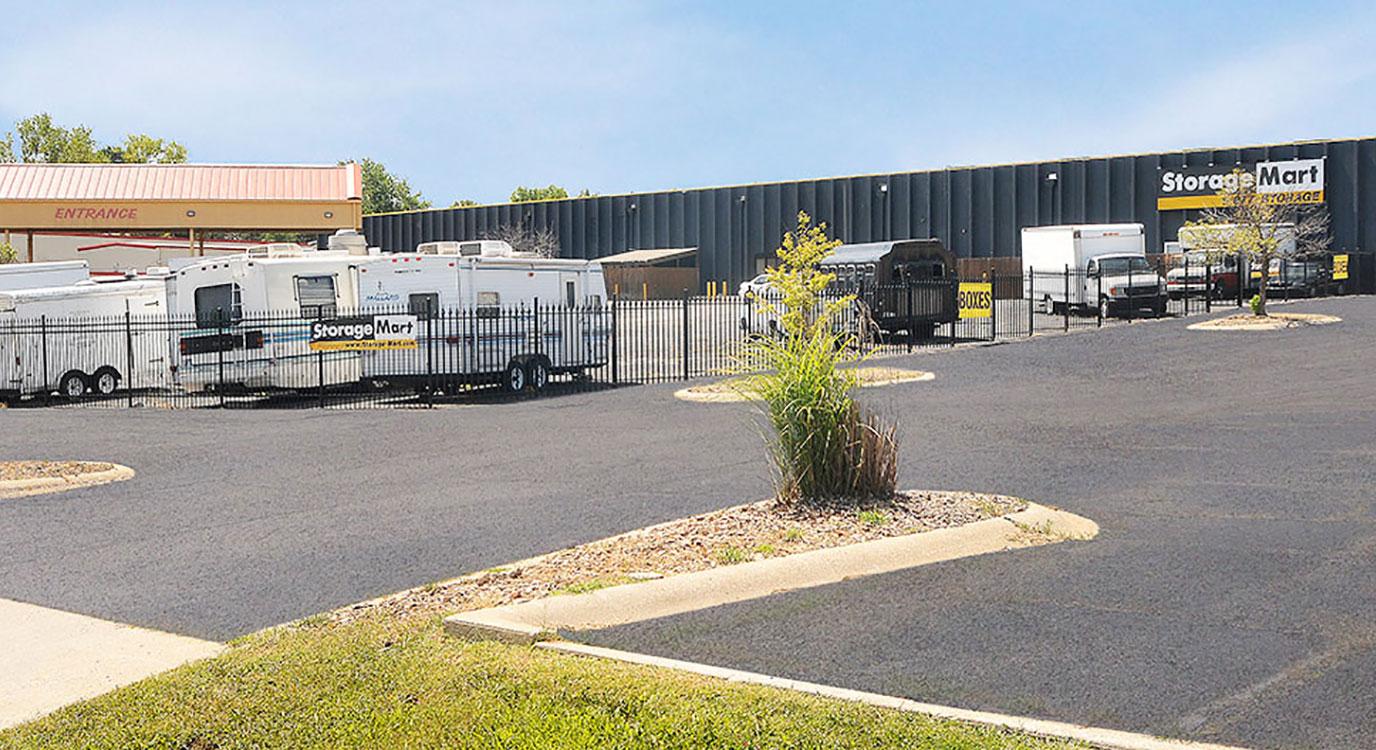 Drive Up Units At StorageMart At 1653 State Ave, Kansas City