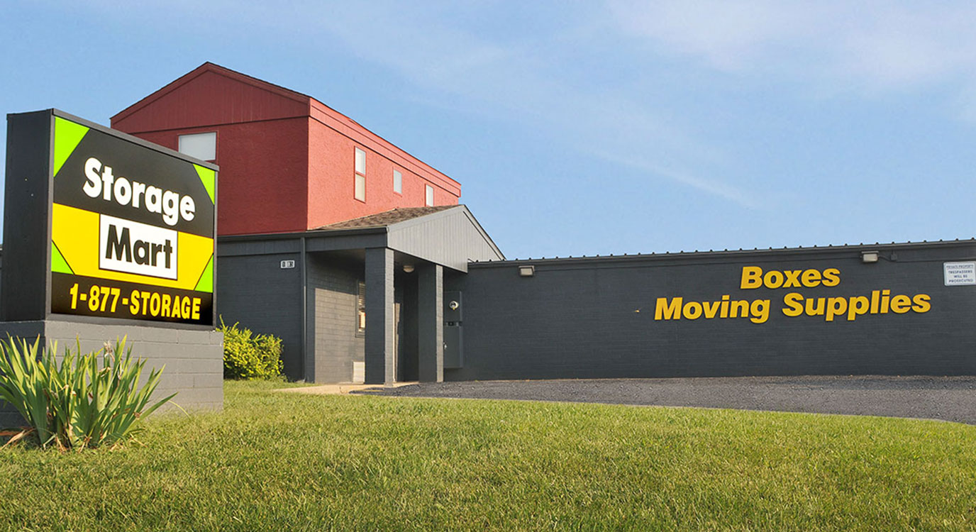 StorageMart - Self Storage Units Near W Dennis Ave & S Provence St In Olathe, KS