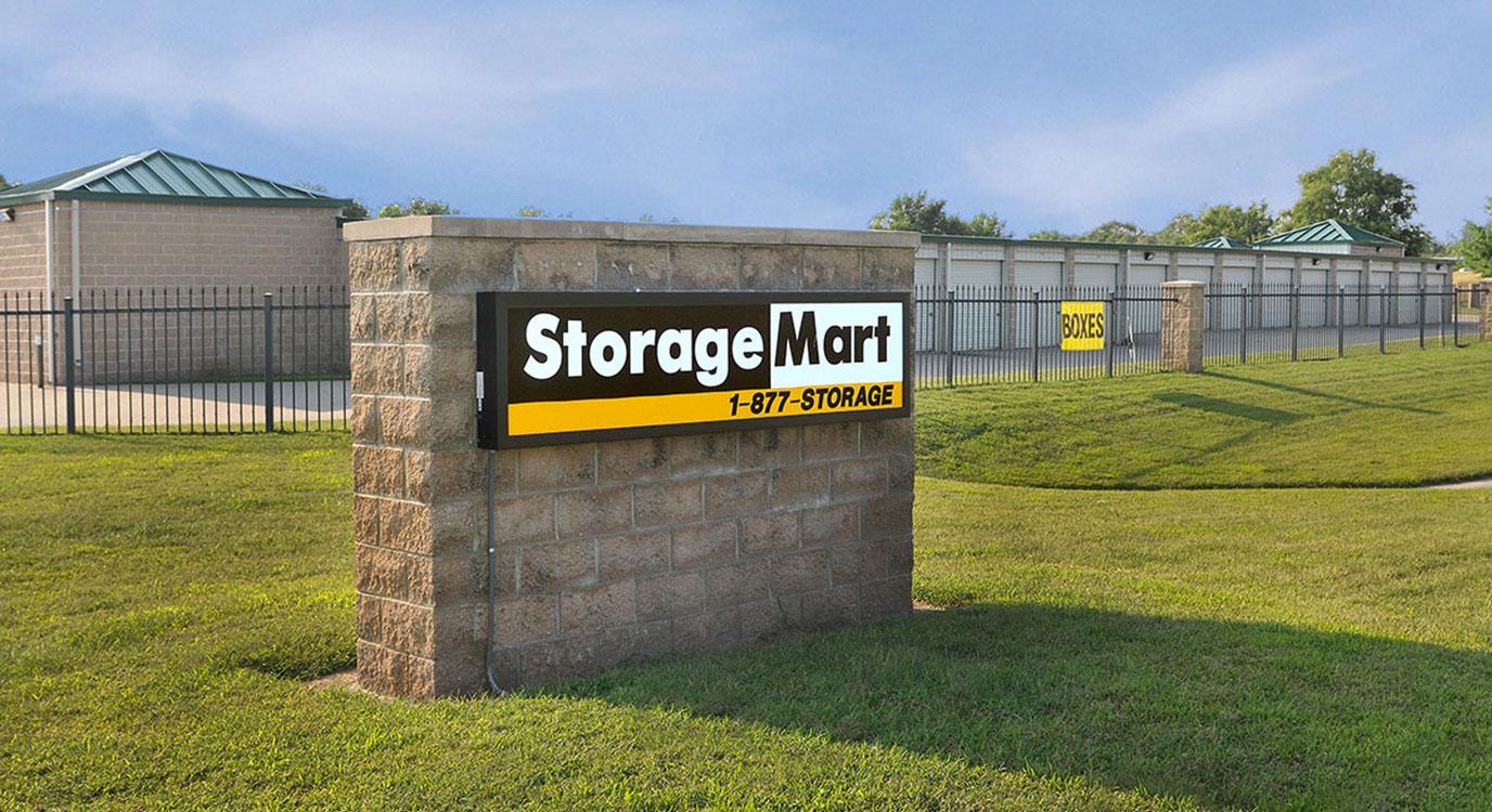 StorageMart - Almacenamiento Cerca De W 43rd Street & State Rte 7 En Shawnee,Kansas
