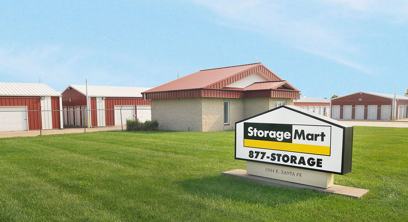 StorageMart - Self Storage Units Near E Santa Fe Street & Conestoga Drive In Gardner, KS