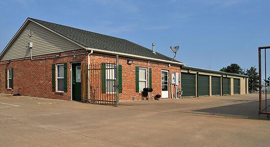 StorageMart Annex - Self Storage Units Near E Santa Fe Street & Conestoga Drive In Gardner, KS