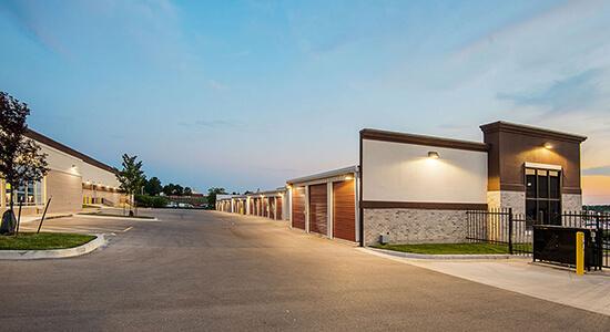 StorageMart Drive Up - Self Storage Units Near W 91st St In Overland Park, KS