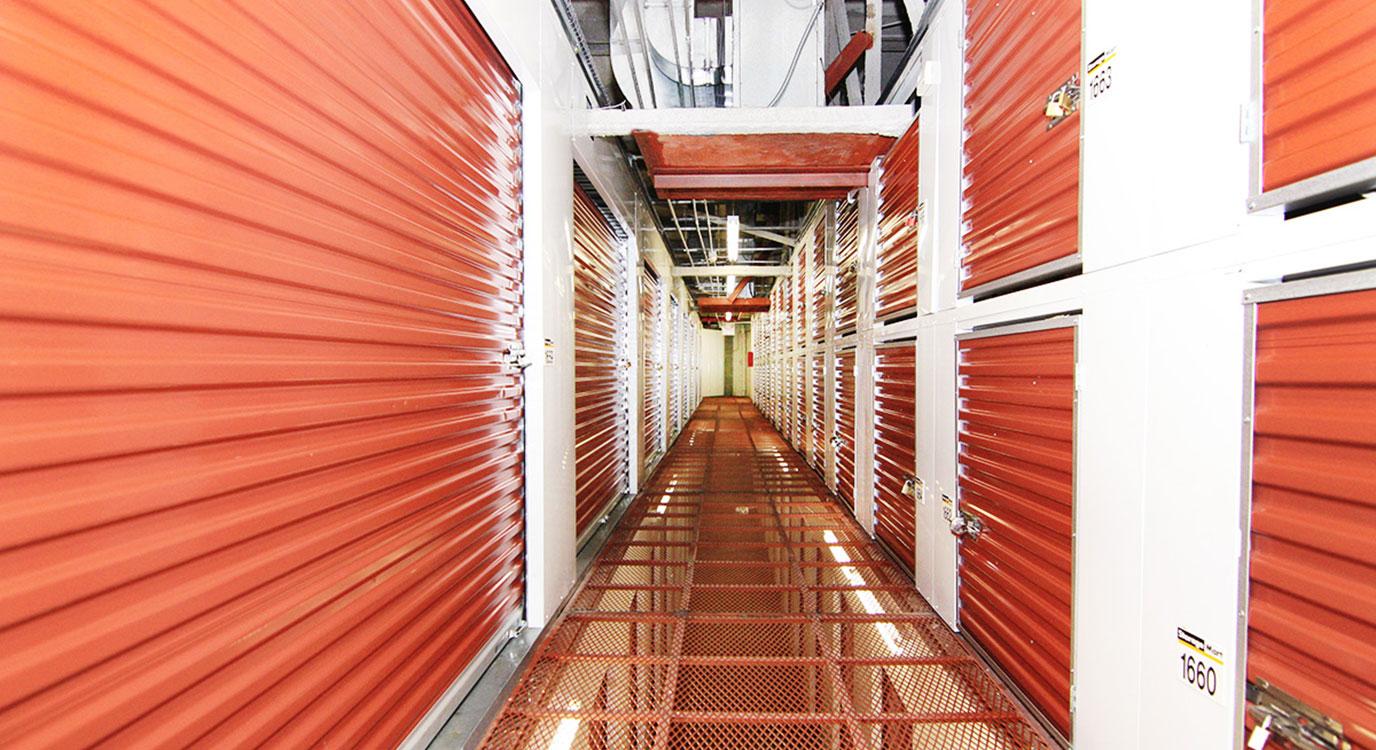 StorageMart - Self Storage Units Near Kent Ave & Wallabout In Brooklyn, NY