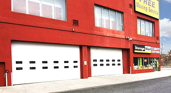 StorageMart - Almacenamiento Cerca De Kent Ave & Wallabout En Brooklyn, New York