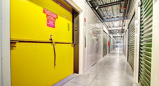 StorageMart Elevator Lift - Self Storage Units Near Montee-Masson In Laval, QC