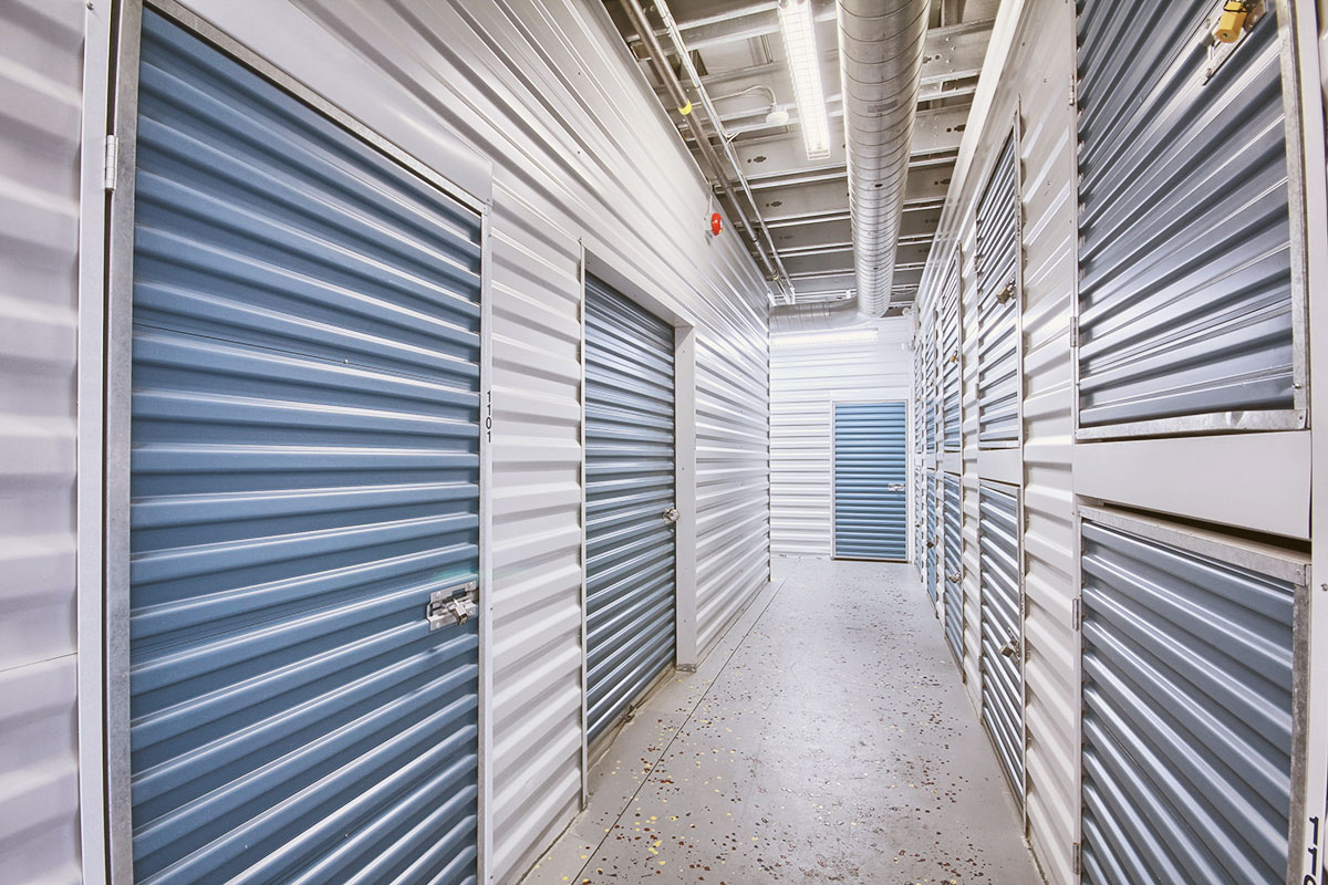 StorageMart - Self Storage Units Near Commisioners Rd & Wharncliffe In London, ON