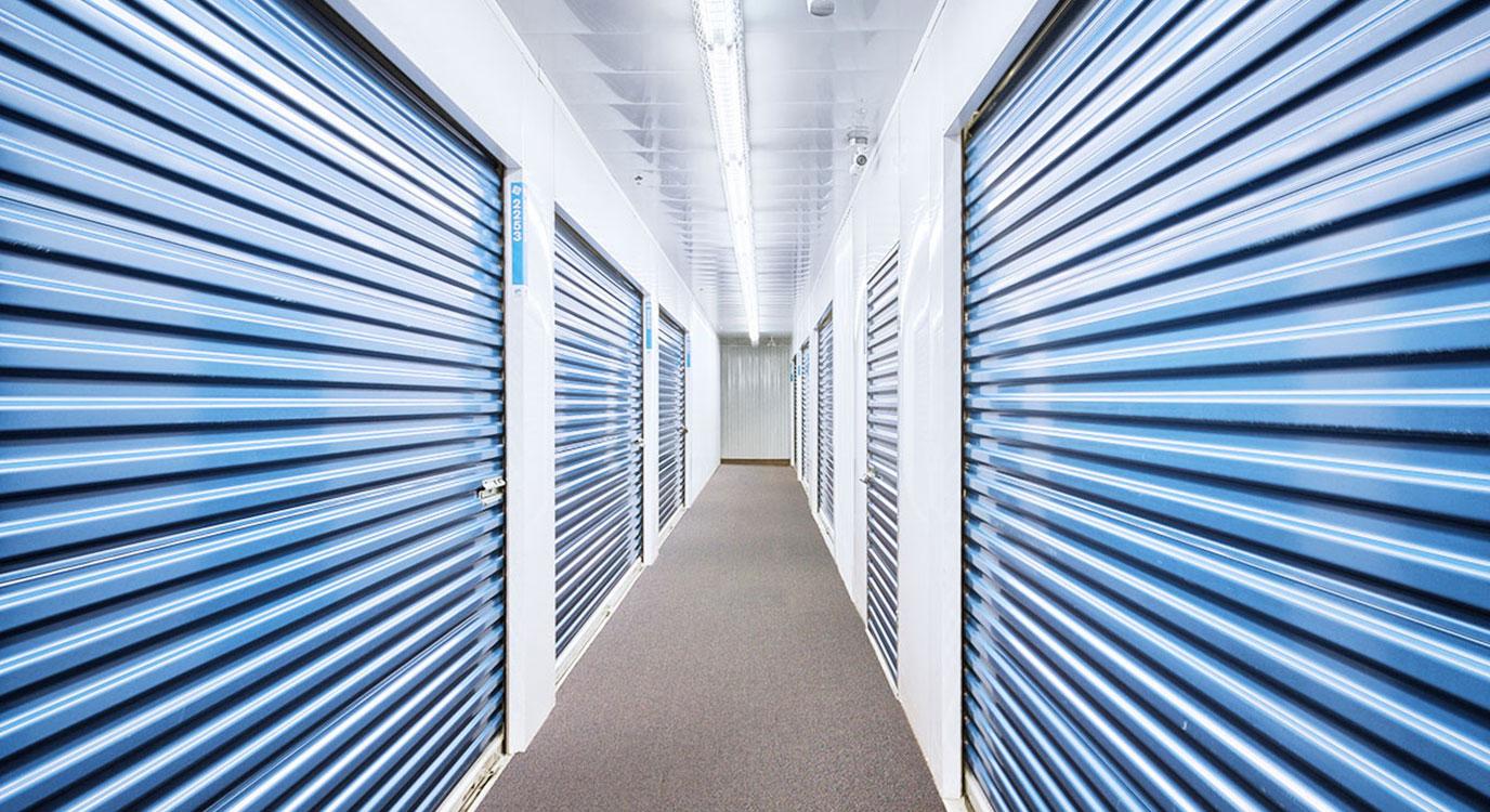 StorageMart - Self Storage Units Near Wonderland Road South