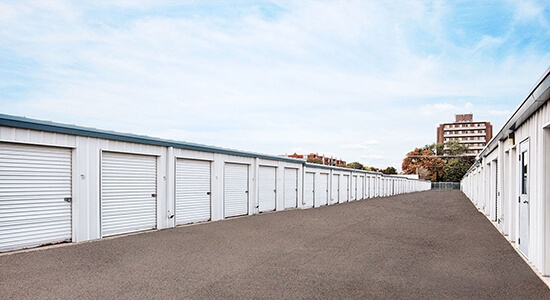 StorageMart Drive Up - Self Storage Units Near Adelaide Street North, Ontario