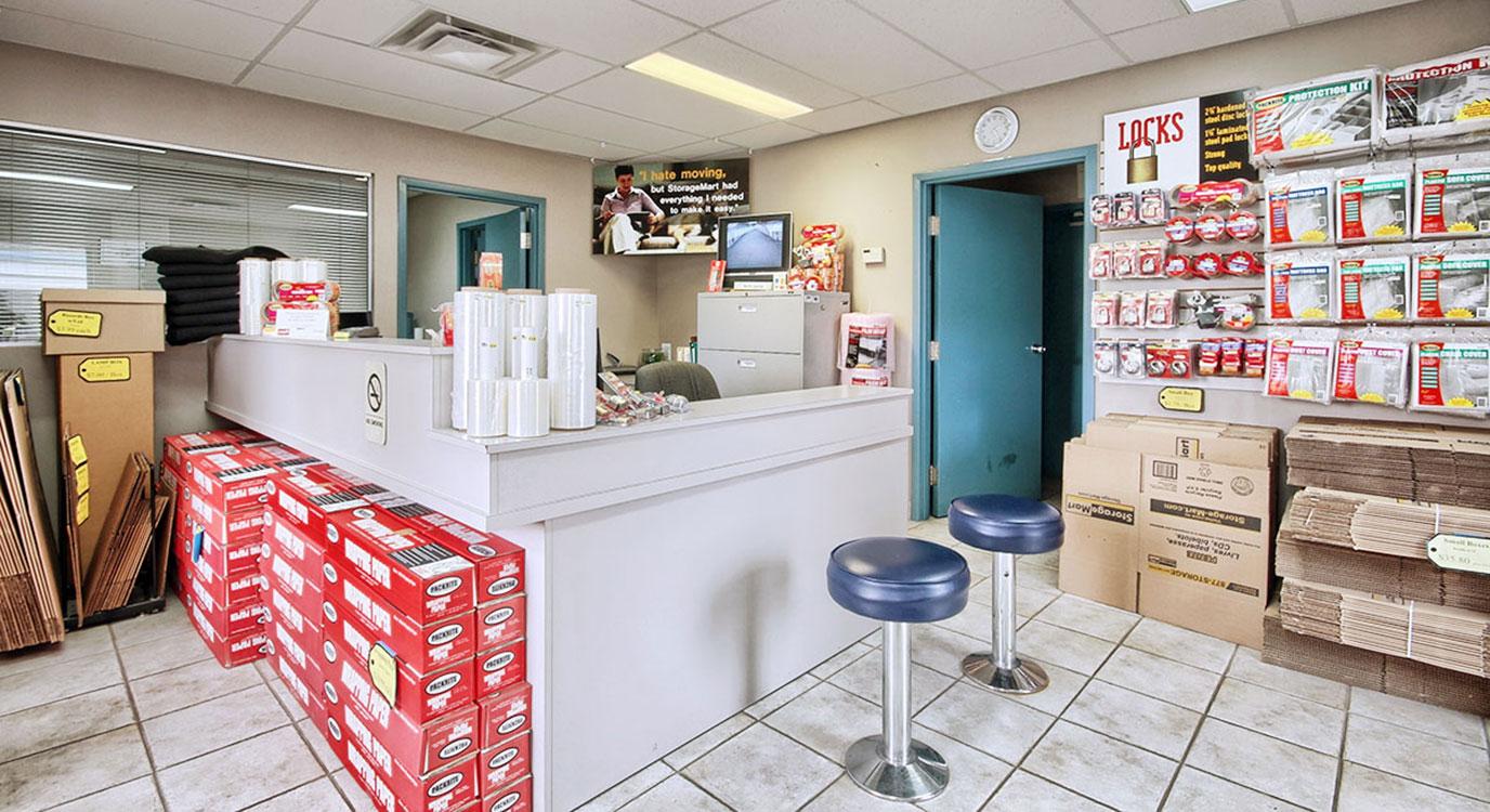 StorageMart - Self Storage Units Near Adelaide Street North, Ontario