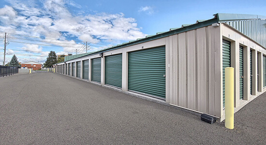StorageMart Drive Up - Self Storage Units Near S Edgeware Rd & Burwell Rd In St Thomas, ON