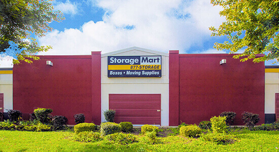 StorageMart Drive Up - Self Storage Units Near Kipling Ave In Etobicoke, ON
