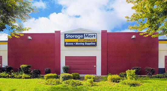 StorageMart Drive Up - Self Storage Units Near Kipling Ave & Queensway In Etobicoke, ON