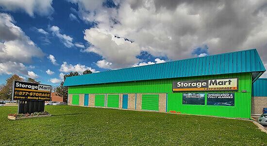 StorageMart - Self Storage Units Near Hwy 400 & Duckworth In Barrie, ON