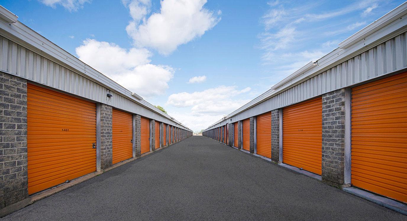 StorageMart - Self Storage Units Near Galvani St in Quebec City, QC