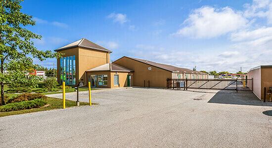StorageMart Gate- Self Storage Units Near Hwy 26 & Pretty River Pkwy In Collingwood, ON