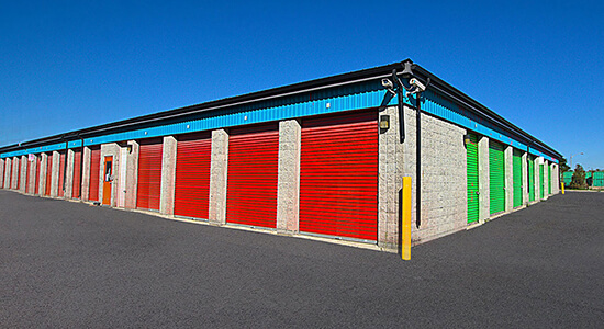 StorageMart Drive Up - Self Storage Units Near Arrow Road in North York, ON