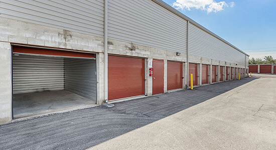 StorageMart Drive Up Unit - Self Storage Units Near Westney Road South in Ajax, ON