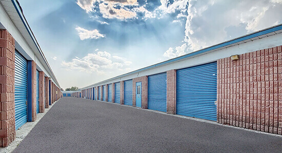 StorageMart Drive Up - Self Storage Units Near Alliance Road in Pickering, ON