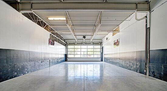 StorageMart Interior Units- Self Storage Units Near Rue Pascal Gagnon in Saint-Leonard, QC