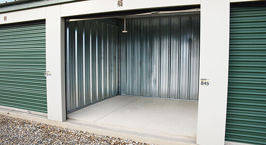 StorageMart Drive Up - Self Storage Units Near TWO 270 SE in Airdrie, AB