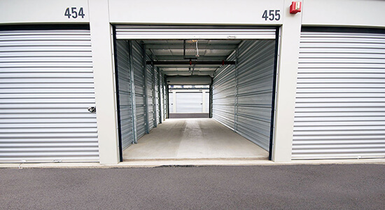 StorageMart Drive Up Units- Self Storage Units Near 2nd Avenue in Lethbridge, AB