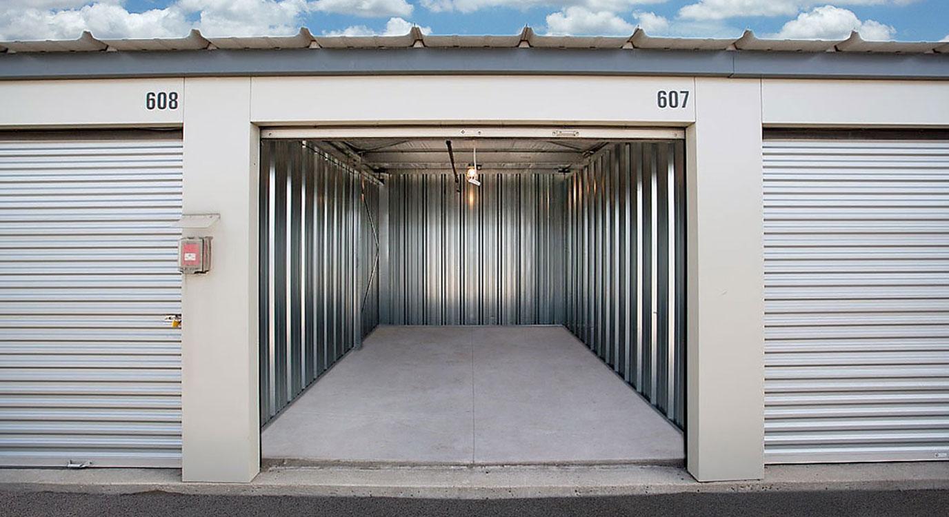 StorageMart - Self Storage Units Near 338 Avenue E in Calgary, AB
