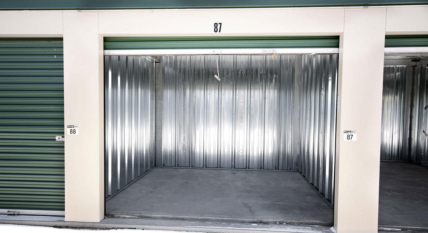 StorageMart - Self Storage Units Near Range Road In Okotoks, AB