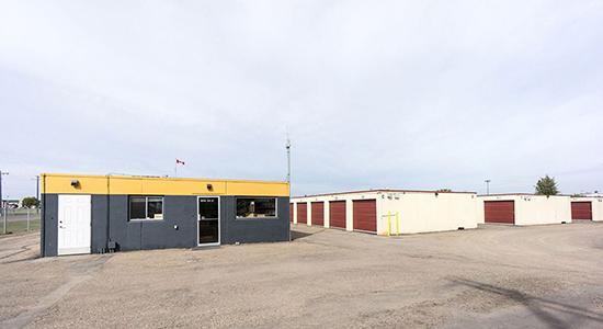 StorageMart Drive Up Units - Self Storage Units Near Yellowhead Hwy & Winterburn In Edmonton, AB