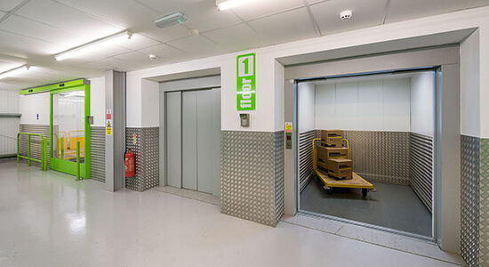 StorageMart Elevator Lift - Self Storage Units Near Vale Rd In Tonbridge, England