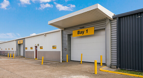 StorageMart Loading Bay - Self Storage Units Near New Road In Newhaven, England