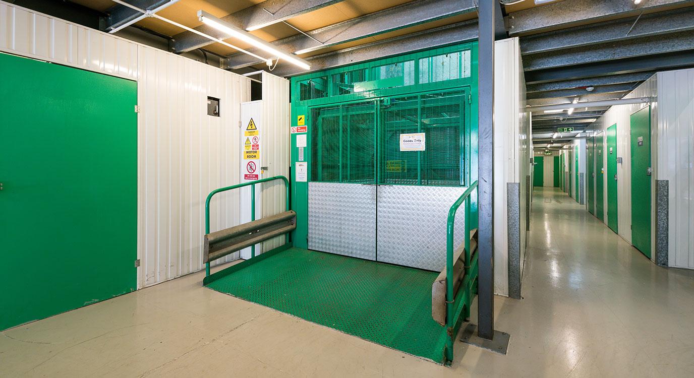 StorageMart - Storage Units Freshfield Industrial Estate in Worthing, UK