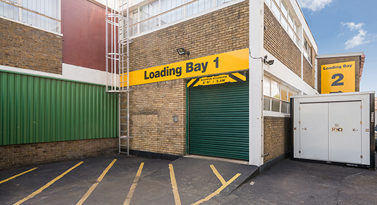 StorageMart Outdoor Loading Bay Area - Storage Units Near Molesey Road In Walton-on-Thames, England