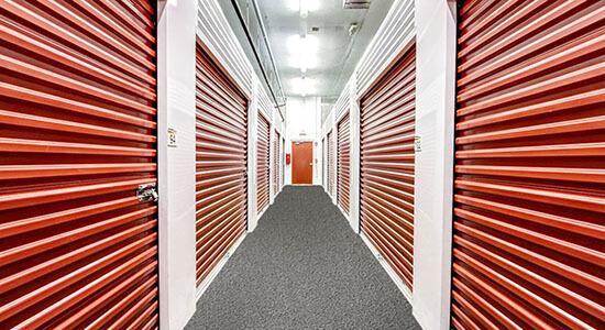 StorageMart - Almacenamiento Cerca De Griffin Rd & I-95 En Dania Beach,Florida