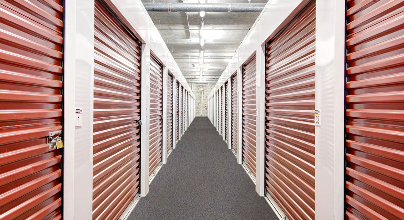 StorageMart - Almacenamiento Cerca De NW 7th St & Red Rd (57th St) En Miami,Florida