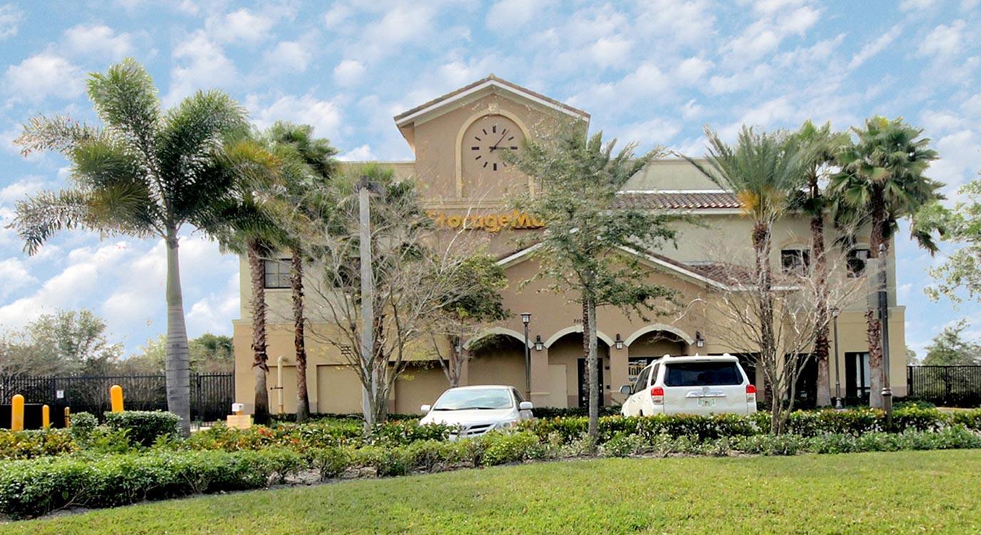 StorageMart - Self Storage Units Near Miramar Pkwy & Dykes Rd In Miramar, FL