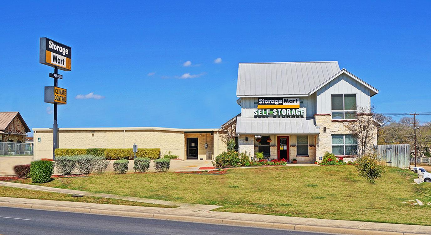 StorageMart - Almacenamiento Cerca De 281 & Thousand Oaks En San Antonio,Texas