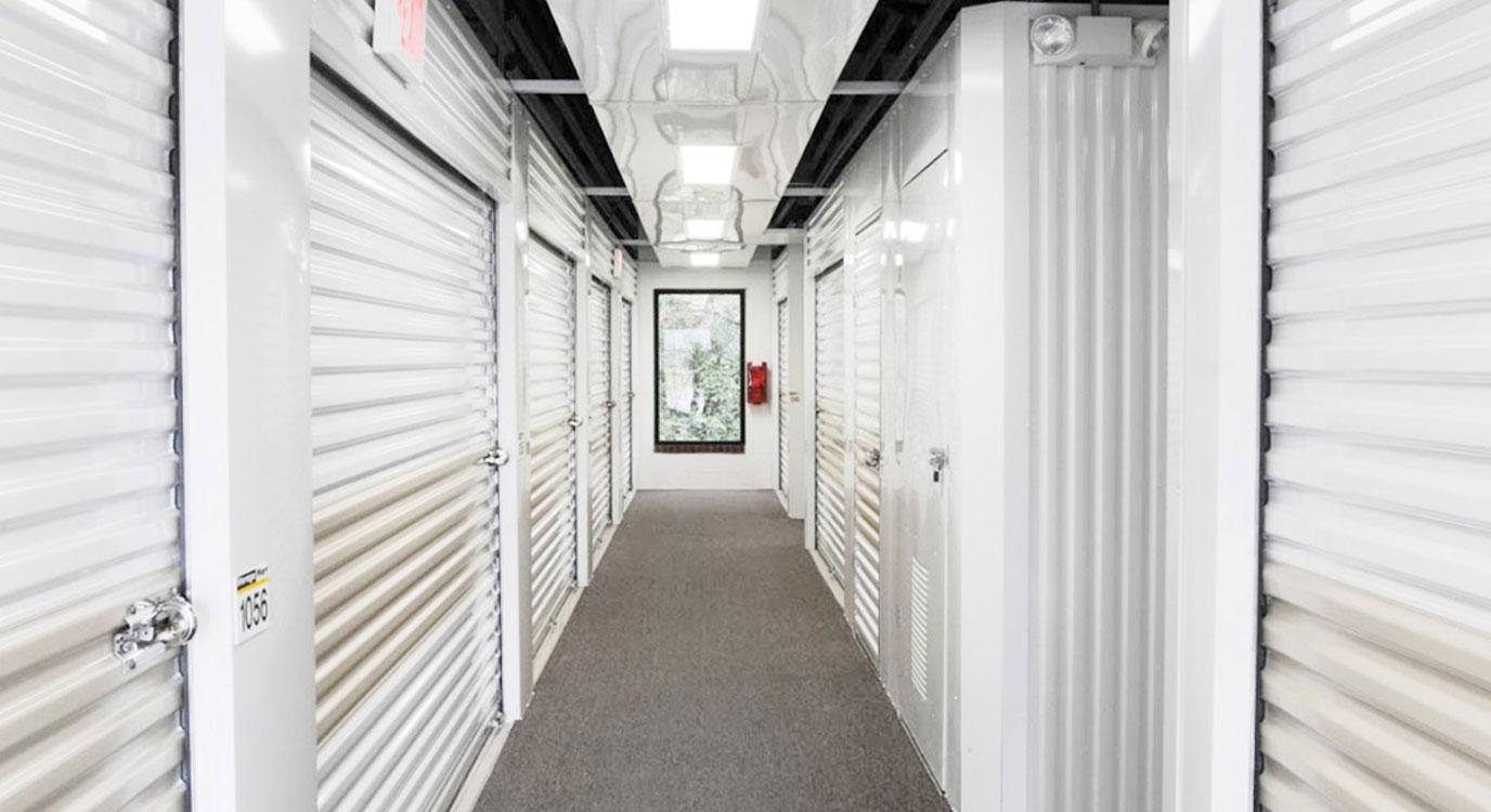 StorageMart - Almacenamiento Cerca De Bandera & 1604 En Helotes,Texas