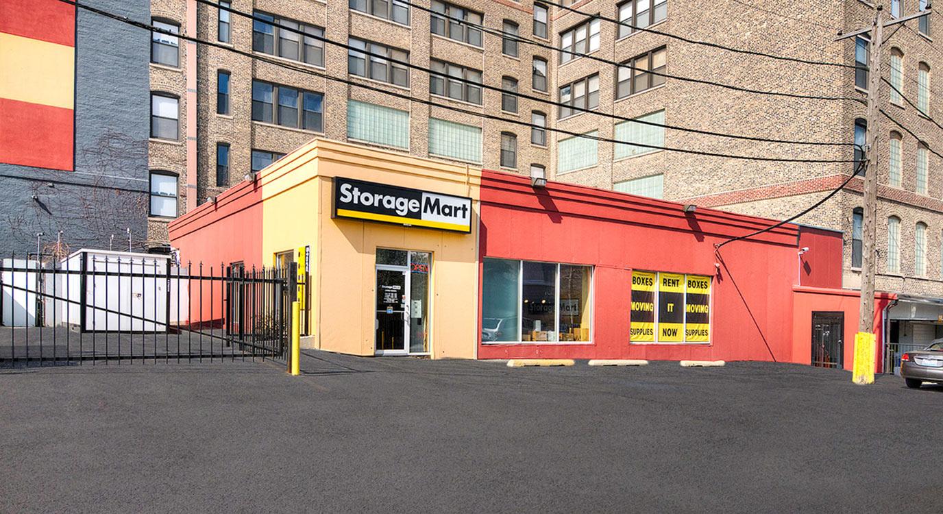 StorageMart - Almacenamiento Cerca De N Halsted St En Chicago,Illinois