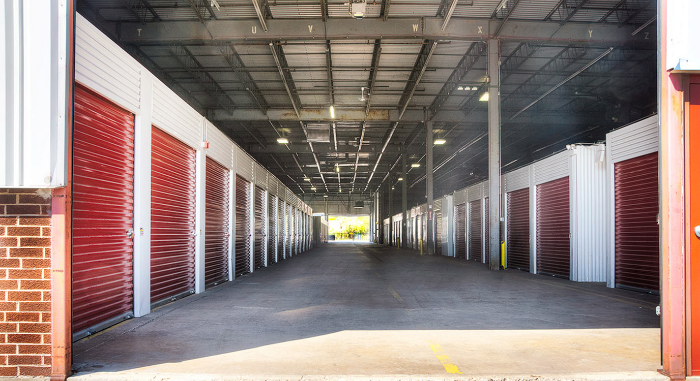 StorageMart - Self Storage Units Near Willow &Shermer In Northbrook, IL