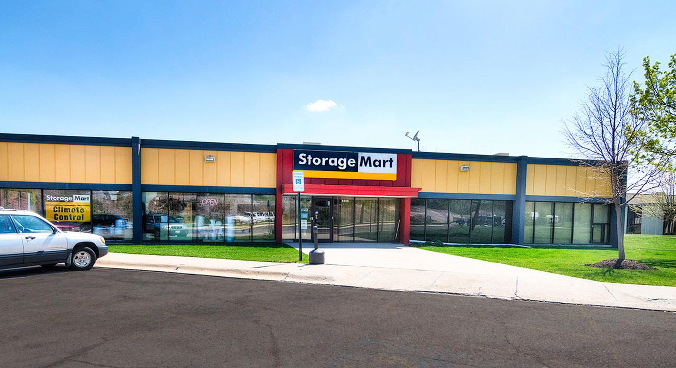 StorageMart - Almacenamiento Cerca De Willow &Shermer En Northbrook,Illinois