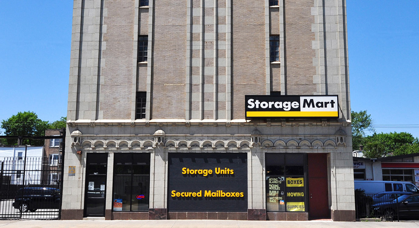 StorageMart 851 South Cottage Grove Ave Chicago Self Storage