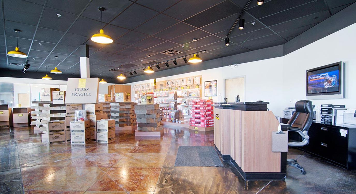 StorageMart - Almacenamiento Cerca De Excelsior Rd & Shady Oak En Hopkins,Minnesota