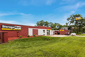 StorageMart Des Moines Self Storage Units