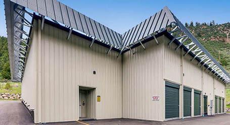StorageMart en Highway 6 en Edwards Zonas de carga cubiertas