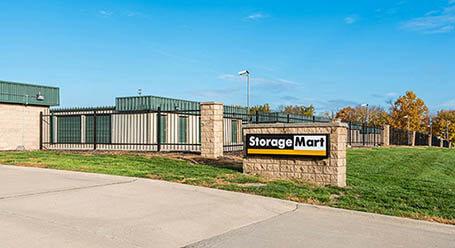 StorageMart en Holmes Road en Kansas City Almacenamiento
