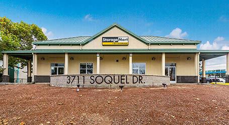 StorageMart en Soquel Drive en Soquel Almacenamiento Almacenamiento