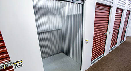 StorageMart en west 159th St en Orland Park almacenamiento interior