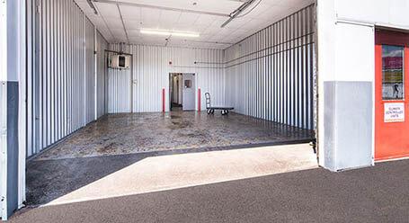 StorageMart en west 159th St en Orland Park Zonas de carga cubiertas