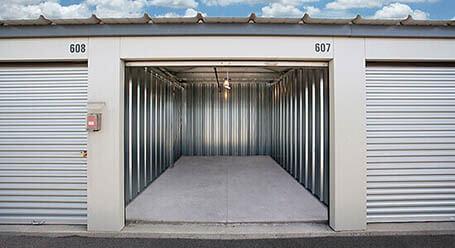 StorageMart on Barlow Trail SE in Calgary self storage units